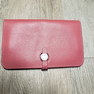 Ladies Hermes pink Togo Calfskin Dogon  Wallet